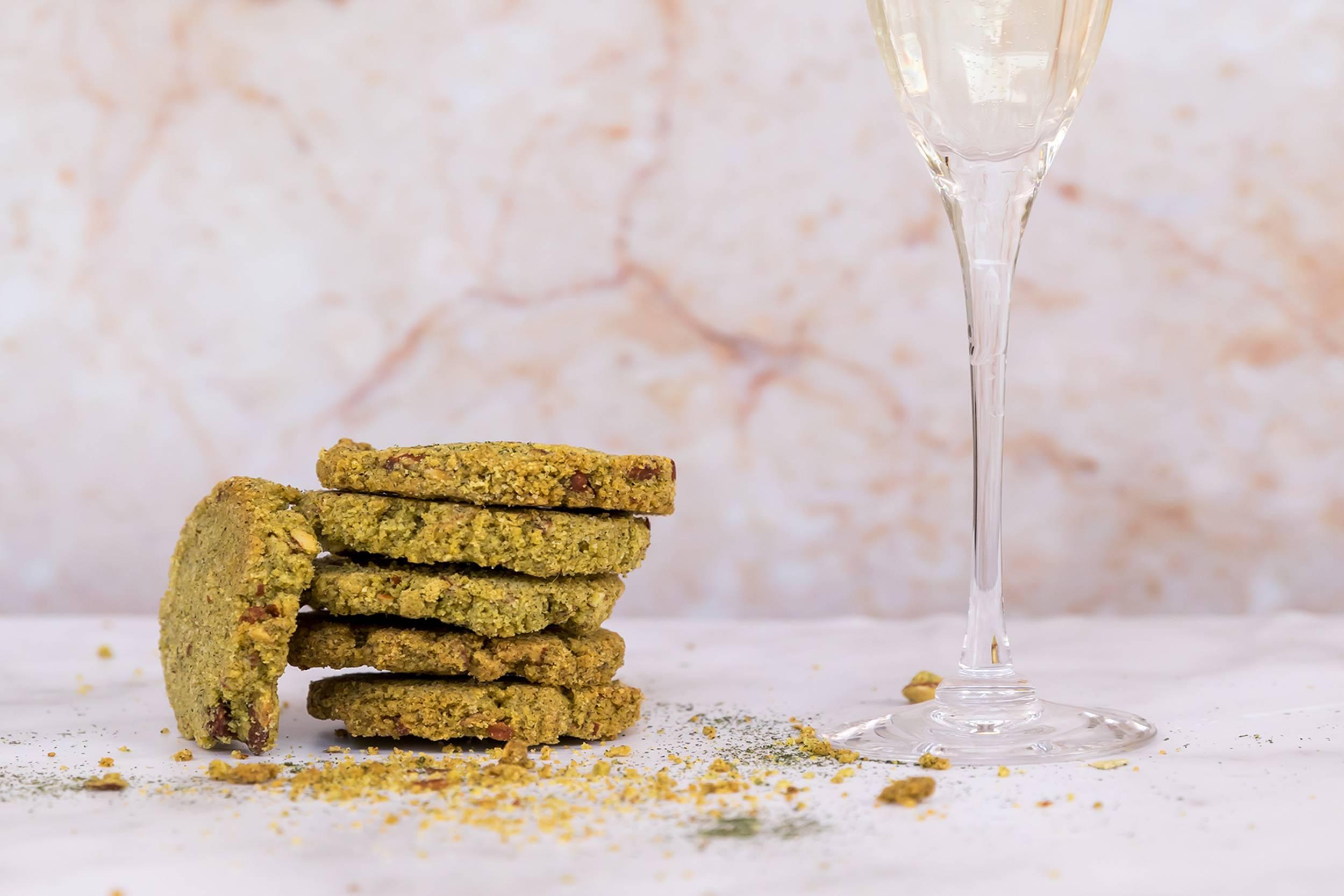 Biscotti Sbrisoline con erba medica